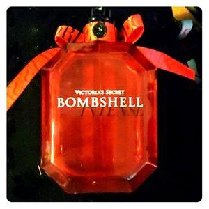 3.4 fl. Oz. Brand new. Bombshell intense parfume